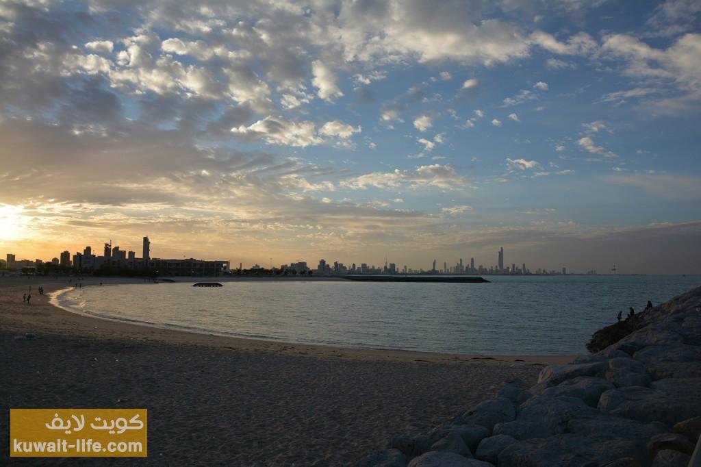 الغروب-عند-شاطئ-المارينا